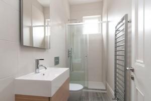 Shower, Goldhurst Terrace apartment refurbishment
