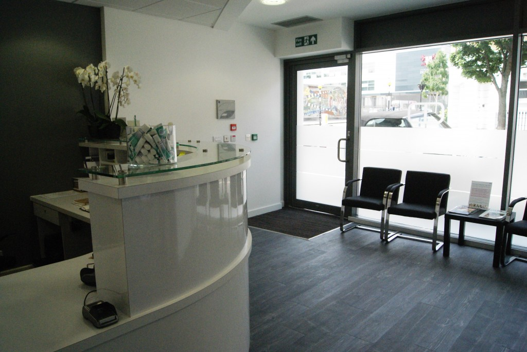 waiting room clinic design ideas