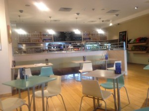 Cafe in Hemel office interior design: Commercial Interior Design Trends