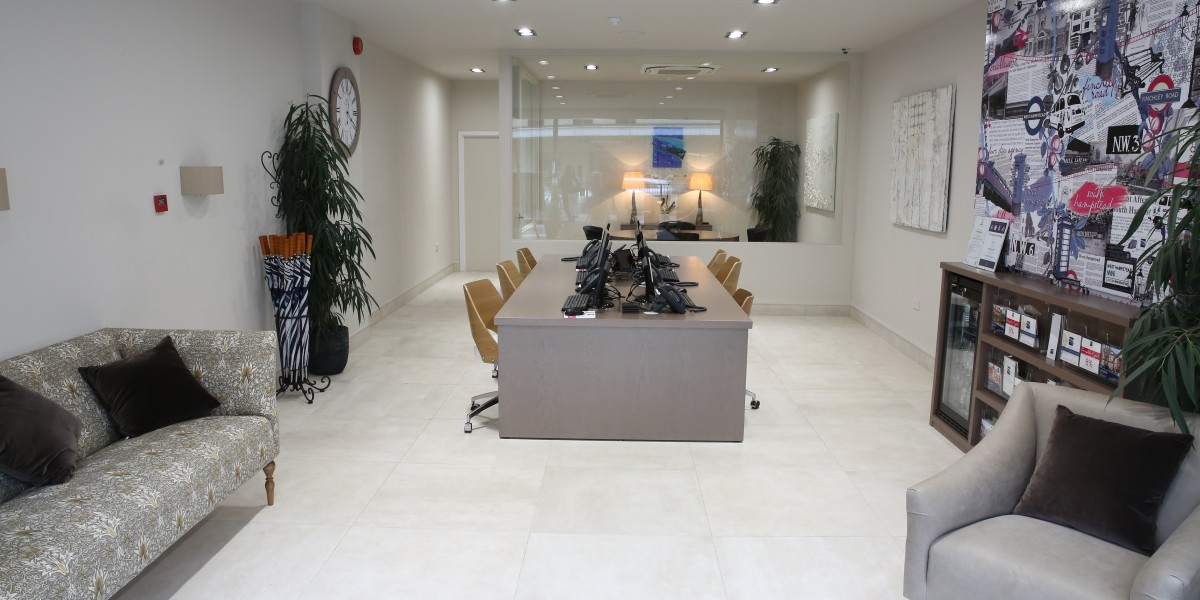 Stylish office fit out chelsea square foyer