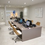Commercial Interior Design Trends: Inside a modern office with desks: office renovation