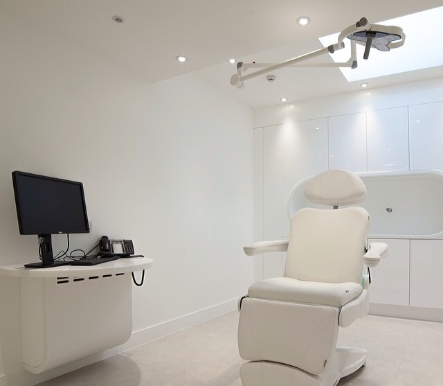 Treatment room in Harley Street surgery design