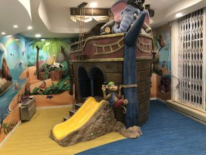 Pirate Ship themed interior dental clinic