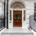 Ornate entrance to RW Perio clinic on Harley Street
