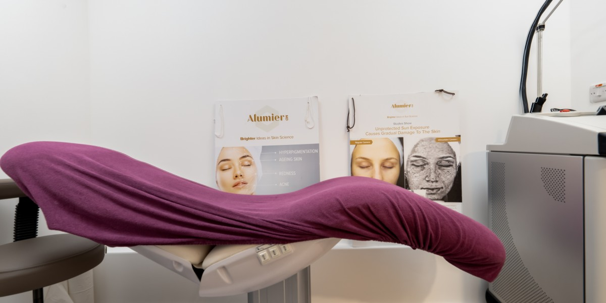 Aesthetic treatment room at Ambra Aesthetic Clinic